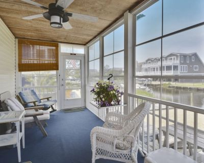 Delaware is now Open! Charming Quiet Water Front Beach Cottage - Bikes & Canoe! - South Bethany