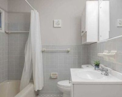 Room for Rent - a 2 minute walk from bus 867, Atlanta, GA 30311 1 Bedroom House