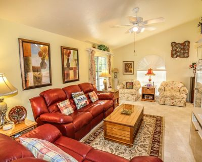 Fantastic Updated Modern Home with Private Pool Seconds to the Beach - Mid Island