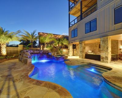 Steps from the Beach....., Private Pool/hot tub, bikes, BBQ grill, fire pit, etc - St. Simons Island