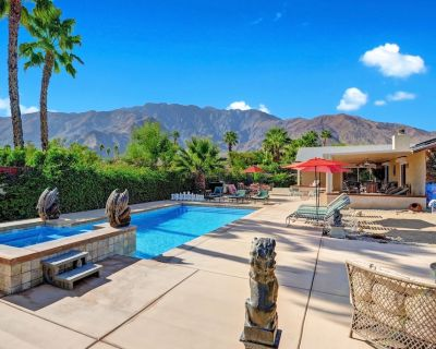 Private Resort w/ Sauna and Heated Pool ( all included & no extra fees apply) - Racquet Club West
