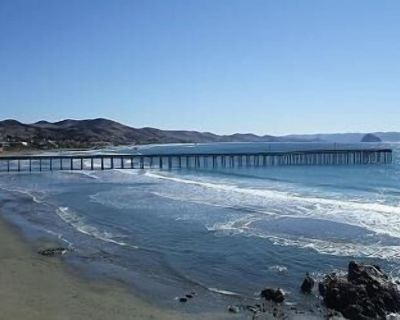 SPECIAL MIDWEEK RATES on Breathtaking, and Completely Remodeled Beachfront Condo - Cayucos