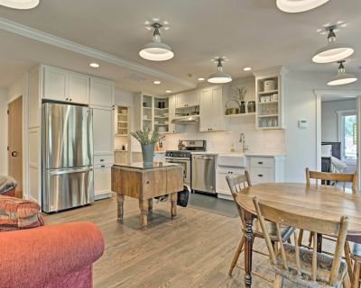 Scenic Apt Steps from Tryon & 18 Minutes to TIEC! - Tryon