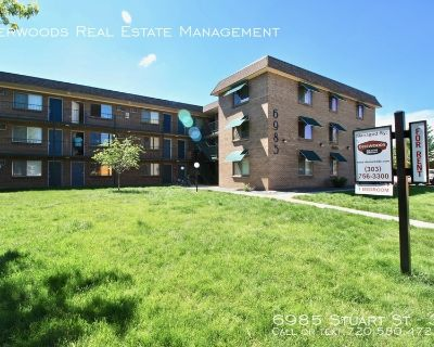 Top Floor - Recently Remodeled,  Pet Friendly, On Site Laundry, & Tenant Parking