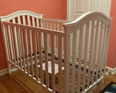 Graco crib / toddler bed