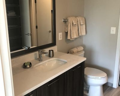 Fully Furnished 2 Bedroom Apartment in Luxury Community - Southwest