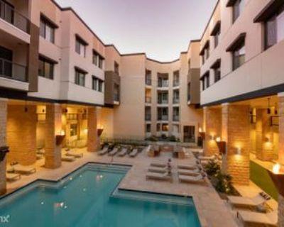 N 73rd St, Scottsdale, AZ 85260 Studio Apartment