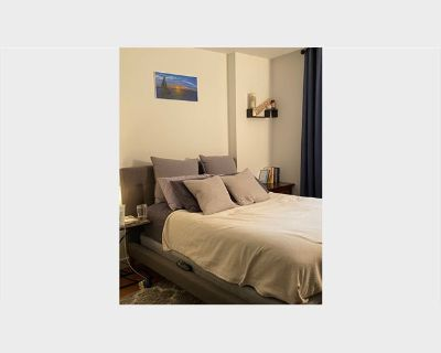Room for rent in Malcolm Avenue, West Los Angeles - Very clean private furnished room for rent