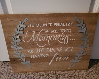 Wall decor sign (new)