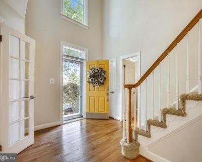Home For Sale In Oak Hill, Virginia