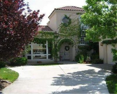 Gorgeous Mediterranean style house inside Tanoan Country Club Gated Community - Northeast Heights