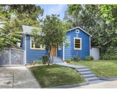 Charming 3bed 2bath home for rent close to freeway