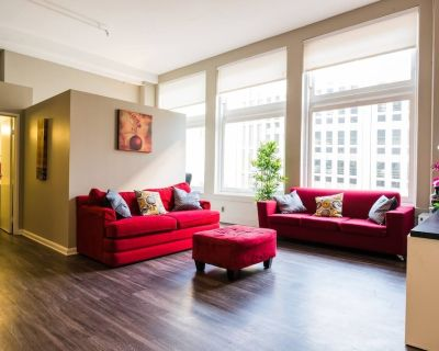 Spacious 2 BR Apt - Loft Style and Open Plan! - Downtown Denver
