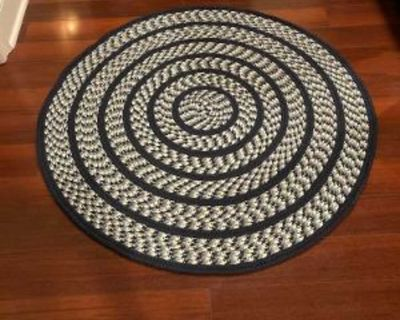 """New Safavieh Braided Collection Handmade Country Cottage Blue and Ivory 4"""" Round Rug"""
