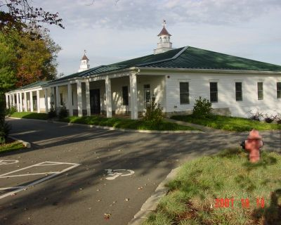 Prospect Kentucky Signature Office Complex For Sale