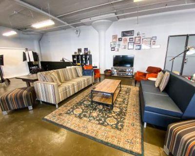Versatile Bayview Studio with Industrial Windows, Milwaukee, WI