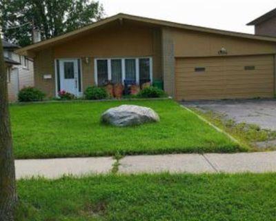 3364 Cedar Creek Drive, Mississauga, ON L4Y 2Y1 4 Bedroom House