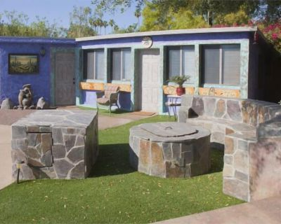 COZY CASITA, huge, private backyard (no other users) w/pool & jacuzzi. - Palm Desert