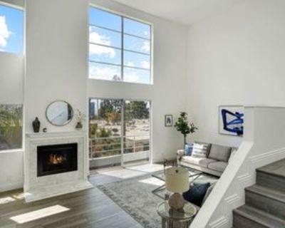 514 S Barrington Ave #304, Los Angeles, CA 90049 2 Bedroom Condo