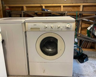 GUC Kenmore stacker washer and dryer - free