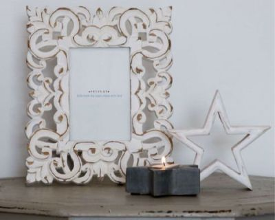 Affordable Mirrors and Picture Frames – The Present House