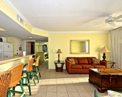 Family Friendly! Shared Pool, hot Tub, Tennis, Parking, Full Kitchen- Dogs ok - Key West