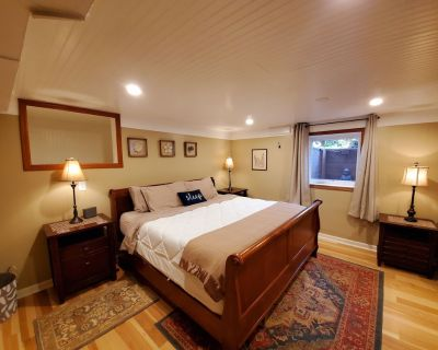 Well appointed basement guest suite with private entrance & lush backyard oasis. - Concordia