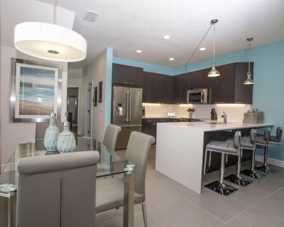 Urban 3 Bed 3 Bath Townhome - Perfect stay while exploring Orlando,Florida - Four Corners