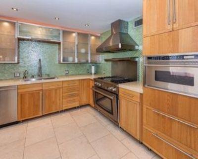 1037 N Vista St #301, West Hollywood, CA 90046 2 Bedroom Apartment