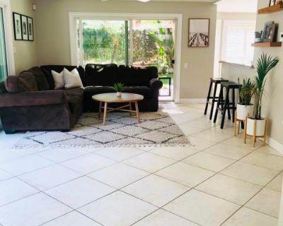 Private Home Nestled in the Hills of Orange County, Orange, CA