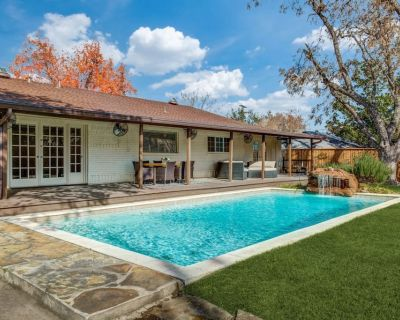 Royal House A++ Location Lux Pool 3 Kings Fire Pit - Preston Hollow