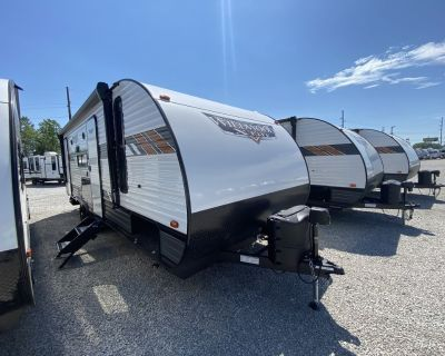2021 Forest River Wildwood X-Lite Midwest 240BHXL