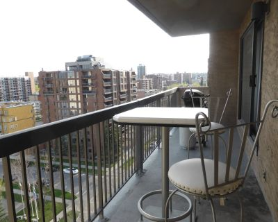 Monthly, Downtown Beautiful 2 bedrms, 1.5 bathrm, Fully Furnished,Quiet Location - Connaught