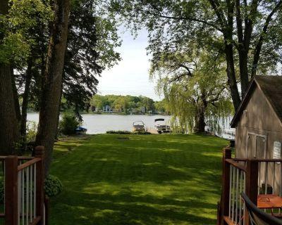Lake House- 20 min from Milwaukee - Hubertus