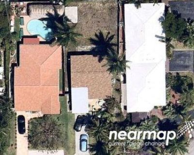 2 Bed Preforeclosure Property in Hollywood, FL 33020 - Hayes St