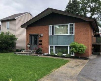 2685 Violet Street, Ottawa, ON K2B 6X1 2 Bedroom Apartment