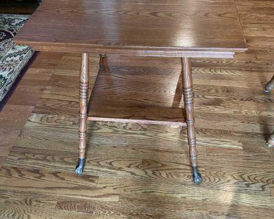 Oak Farmhouse Parlor Table