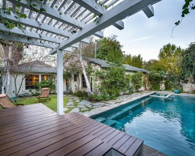 Unique Pool-Mid Century Modern/Boho House w/lots of natural light, sherman oaks, CA