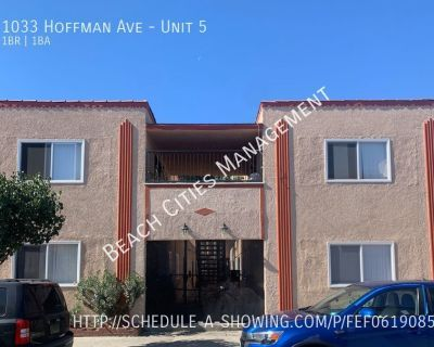 Remodeled 1 Bedroom Apartment in Long Beach!