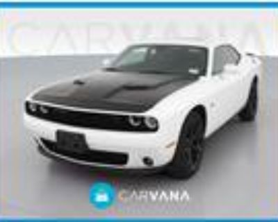 2016 Dodge Challenger White, 22K miles
