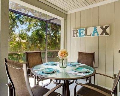 Sanibel Umbrella. Sanibel Bayous vacation rental home - Heron's Landing