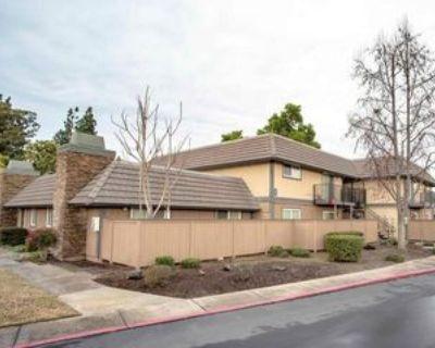 303 Wayside Dr, Turlock, CA 95380 2 Bedroom Apartment