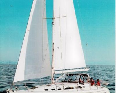 2001 Catalina 390
