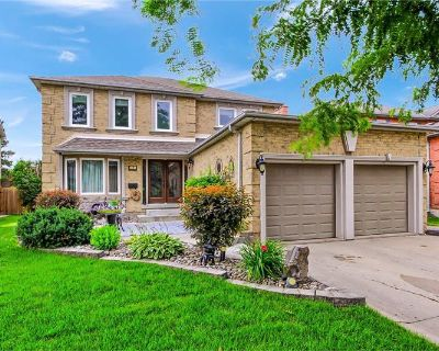 Beautiful detached for sale in Aurora - contact agent Deb Harbour for more information: de@debharbour.ca (MLS# N5308511) By MAIN STREET REALTY