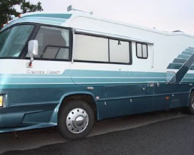 By Owner! 1991 34ft. Country Coach Sarasota