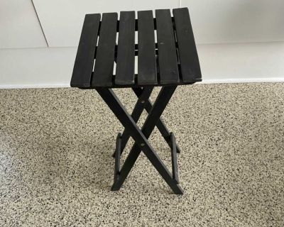 BOUCLAIRS OUTDOOR FOLDABLE SIDE TABLE