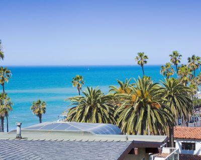 20% OFF AUG! Perfect Beach Bungalow, Ocean Views, Walk to Water + Pier - San Clemente