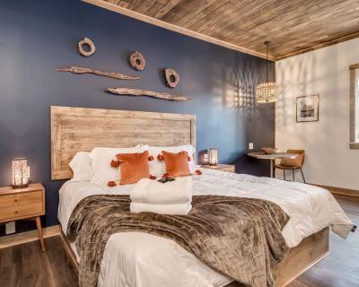 The Kinni Suite at The Port of Prescott Hotel - Prescott