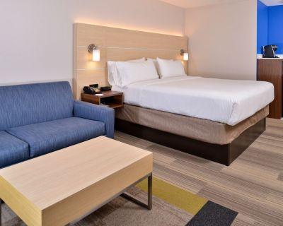 Holiday Inn Express & Suites Cincinnati - Mason, an IHG Hotel - Mason