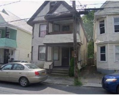 6 Bed 2 Bath Foreclosure Property in Schenectady, NY 12307 - Mumford St